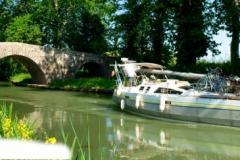 header-canal-du-midi-flou